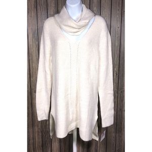 NWT Liz Claiborne size Large sweater with scarf